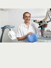 Refresh Dental Care - 2a Rosslyn Road, Watford, Hertfordshire, WD18 0JY,