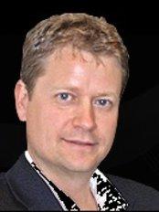Darryl M Coombes - Oral and Maxillofacial Surgeon - Kingswood Road, Royal Tunbridge Wells, TN2 4UL,  0