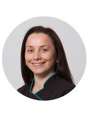 Lisa - Dental Nurse - Dental Nurse at The Implant Experts