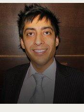 Kent Smile Studio - Dr Shushil Dattani