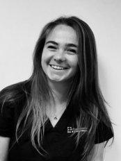 Miss Blanca  Crooke - Dentist at 3 Step Smiles