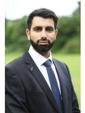 Dr Sheraz Shafiq - Dentist at Dental Studio - Sinclair Drive Dental Care