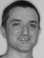 Clyde Dental Centre - Dr Clive Schmulian