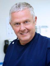Mearns Cross Dental Practice - 3 Eaglesham Road, Newton Mearns, Glasgow, G77 5BW,  0