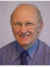 Dr Michael G Arthur - Dr Michael Arthur