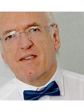 Dr Roger Hughlock - Dentist at Roger J Hughlock