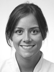 Ms Rebecca Hanson - Dentist at Andrew Shelley Dental Practitioner