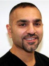 Ash Dental Practice - Mr Ashish RAYAREL