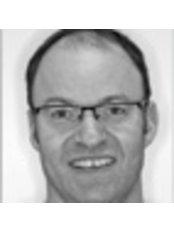 Dr Steve Maskill - Principal Dentist at Oakley Dental