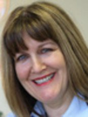 Dr Rosemary Jones - Orthodontist at Manchester Orthodontic Centre