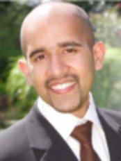 Dr Alif Moosajee - Principal Dentist at Oakdale Dental Practice
