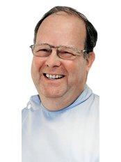 Dr Alastair Mann - Dentist at Oadby Dental Clinic