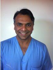Suresh Samy - Associate Dentist at Wolds Dental Studio