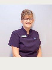 Clover Dental Care - Bristol Villa, 19 Grantham Road, Sleaford, Lincolnshire, NG34 7ND,