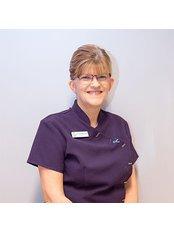 Clover Dental Care - Bristol Villa, 19 Grantham Road, Sleaford, Lincolnshire, NG34 7ND,  0