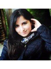Dr Jena Al-Bazi - Dentist at Advance Dental Care