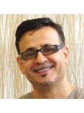 Dr Hussein Shaffie D.D.S - Principal Dentist at The Sandford