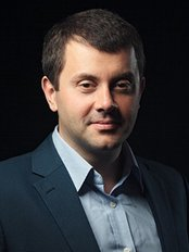 Dr Kostas Papadopolous - Dentist at Boston House Dental Care