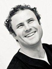 Dr Michael Rosenzweig - Dentist at Finchley Dental Care