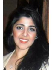 Dr Faiza Qureshi - Dentist at London Dental Centre