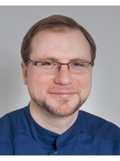 Dr Zoltán Magyar - Dentist at VitalEurope dentistry - Budapest & London