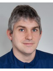 Dr Péter Golopencza - Doctor at VitalEurope dentistry - Budapest & London
