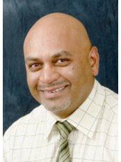 Dr Dan Patel - Principal Dentist at Dental Elegance