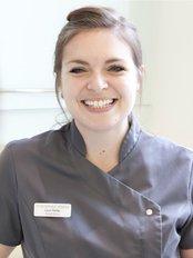 Miss Laura Hadley - Dental Nurse at 53 Wimpole St Dental Practice