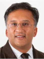 Dr Nick Vyas - Dentist at Chingford Mount Dental Practice