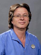Implantcenter  Dentistry and Oral Surgery - Dr Kámán Attila