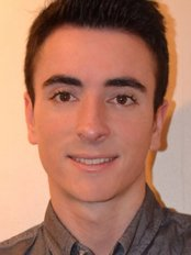 Dr Cesar Muñoz - Dentist at Kensington Dental Spa