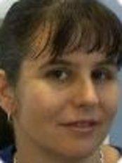 Dr Gillian Ward - Principal Dentist at Kindandental