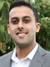 Dr Vishal Jasani - Principal Dentist at Malden Dental Care