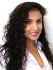 Swift Orthodontics - Orthodontic Practice - 112 Pinner Road, Northwood, HA6 1BS,  0
