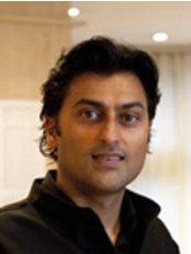 Dr Sanjay Gupta - Dentist at Park Avenue North Dental Care