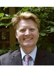 Dr Alex Redhead - Orthodontist at Parsons Green Dental Practice