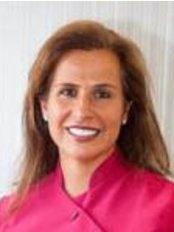Dr Suzanne Barnett - Oral Surgeon at Prais Dental Care
