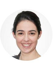 Dr Queli Costa - Dentist at Greenwich Dental Practice
