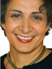 Dr Simin Soltani-Cosmetic Dentist - Principal Dentist at Surbiton Smile Centre