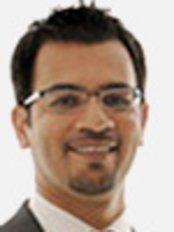Dr Yasir Noorani - Dentist at Court Drive Dental Practice