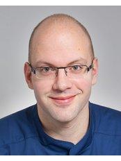 Dr Szabolcs Mártha - Dentist at VitalEurope dentistry - Budapest & London