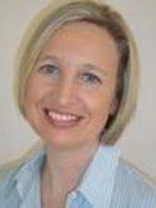 Dr Lydia Hopkins - Dentist at W5 Dental
