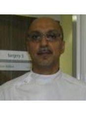 Dr Ravi Babbar - Doctor at Weston Park Dental