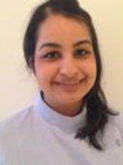 Dr Simi Batta - Dentist at Wisdom Dental