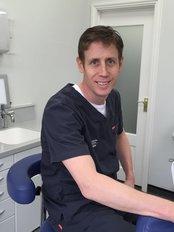 Dr James Hyslop - Principal Dentist at Hyslop Dental and Implant Clinic