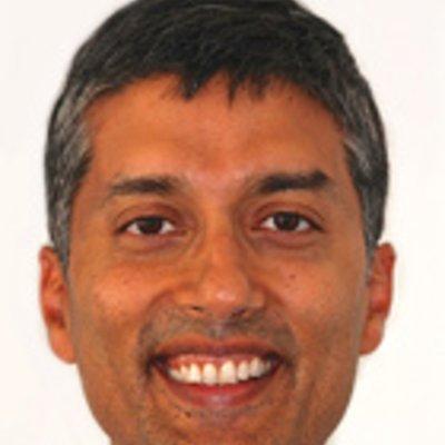 Dr Neeraj Puri