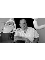 Dr John Cuccio - Oral Surgeon at Lubiju Dental - Edinburgh