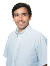 Dr Hugo Pinto - Dentist at Norfolk Dental Specialists