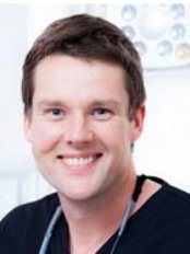 Dr Adam  Glassford - Oral Surgeon at Andrea Ubhi Cosmetic Dentistry