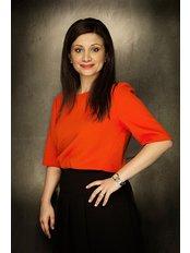 Dr Raha Sepehrara - Dentist at The Dental Suite, Nottingham